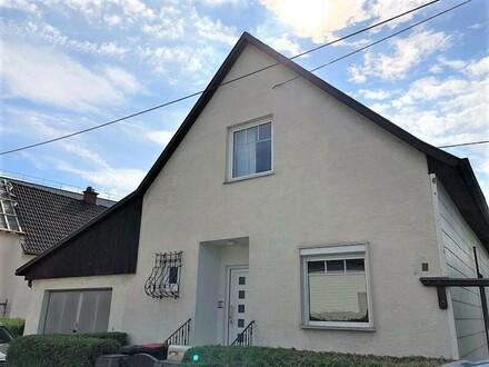 PASCHING / WAGRAM (Nähe PLUS CITY) : Kompaktes Grundstück (ca. 605 m2) mit einem älteren Wohnhaus