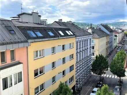 Linz/Stadt: Helle Mietwohnung mit ca. 81m² Wfl in der Innenstadt mit BALKON (2er-WG geeignet)