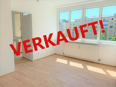 Linz/Stadt: WIE NEU - CITY APARTMENT ca. 40,9 m² (2 Zimmer + Küche) + 2x Balkon in der Starhembergstraße