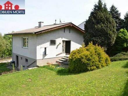Kleines Einfamilienhaus mit Ausblick