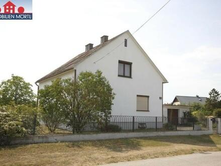 Einfamilienhaus auf kleinem Grundstück mit Sanierungsbedarf
