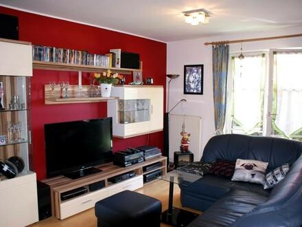 Nette 2-Zi.-Wohnung mit Balkon
