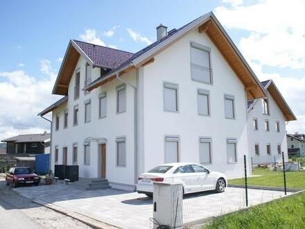 Erstbezug - Doppelhaushälfte in Lamprechtshausen