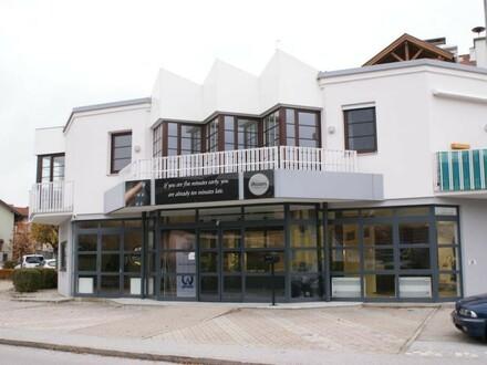 Große 3-4 Zi.-Wohnung mit zwei Balkonen in Oberndorf
