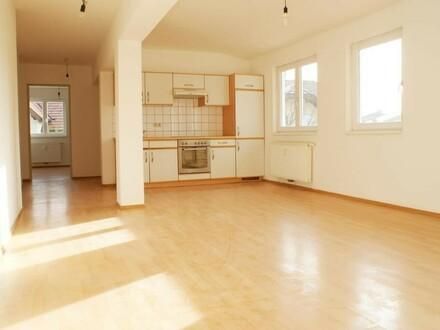 Großzügige 3.Zi.-Wohnung in Steindorf b. Straßwalchen