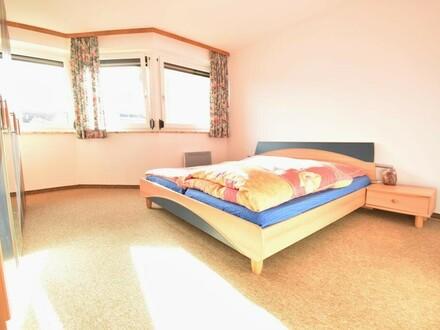 Familien Aufgepasst - Großzügige 4 Zimmer Wohnung in Neumarkt am Wallersee