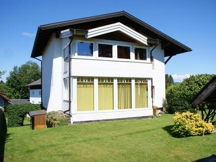 Großes Mehrfamilienhaus in Eugendorf