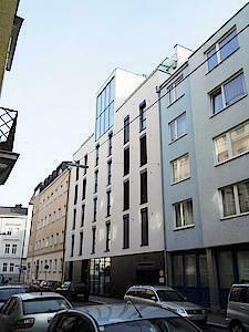 Stadtwohnung in Top - Lage   3 Zimmer mit großer Loggia