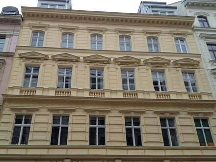 Mosergasse! Südseitiger 3 Zimmer - Altbau Erstbezug im 3. Liftstock!