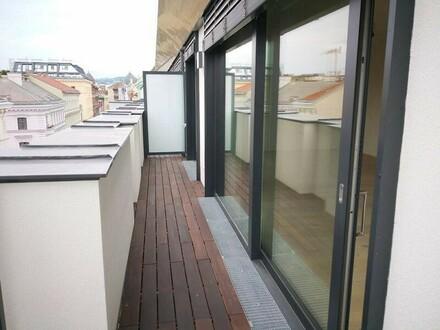 Sechsschimmelgasse! Luxuriöser DG-Erstbezug auf einer Ebene mit 8 m2 Terrasse! T35