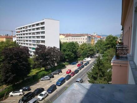 Erstbezug nach Sanierung! Großzügige, sonnige Altbauwohnung mit 2 Balkonen im 4. Liftstock!