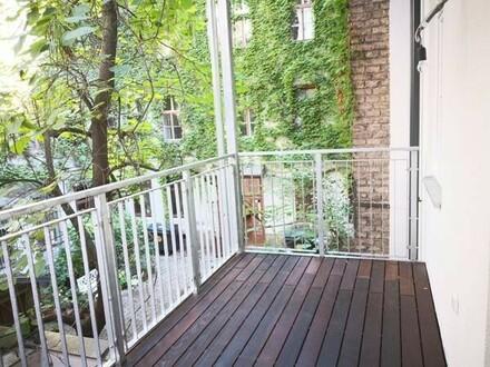 LAGE LAGE LAGE! Erstbezug nach Generalsanierung! Klassische Stilaltbauwohnung mit Balkon!