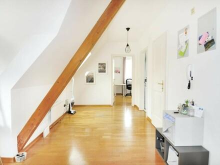 Charmante DG Wohnung - im Zentrum v. Steyr! WG tauglich