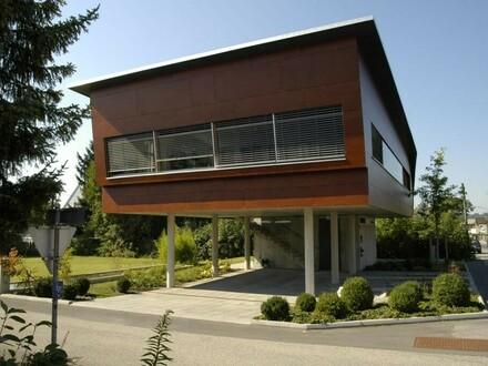 Firmensitz oder Bürofläche in einem repräsentativen Architektenhaus