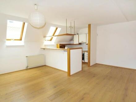 Renovierte 3-Zimmer Wohnung mit Küche am Grünmarkt - Stadtplatz Steyr!
