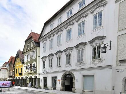 Helle und günstige 3 Zimmer Wohnung am Grünmarkt - Stadtplatz Steyr!