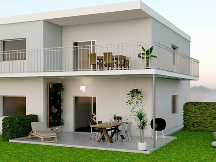 Traumhafte Terrassenwohnung mit großem Garten