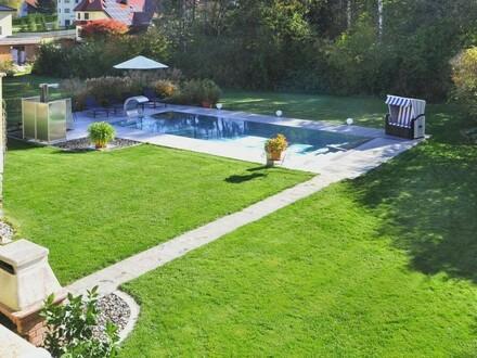 Arbeiten und Wohnen - Traumhaftes Eigenheim mit großem Garten + Pool!