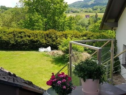 Praktische Wohnung mit Terrasse, Eigengarten, Laube und Garage in ST. ULRICH!