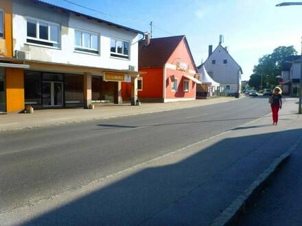 Großer Schauraum in Bestlage von Neuhofen an der Krems zu vermieten