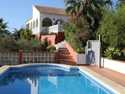Haus in Spanien-Andalusien: Sonnen-Residenz mit Pool - Meerblick, Panoramaaussicht & Ruhelage inklusive - Costa del Sol,…