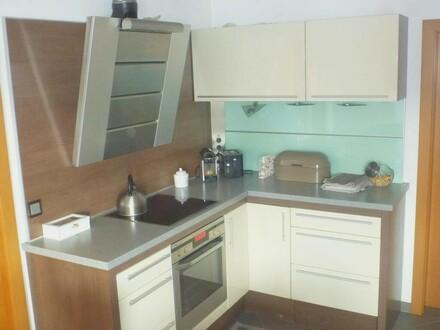 Sehr gut ausgestattete vier Zimmerwohnung in begehrter Wohngegend in Leonding