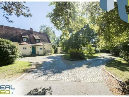 Stilvolles Wohnjuwel mit zwei Landhausvillen auf herrschaftlichem Grundstück!