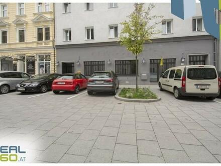Zentral gelegenes Gastrolokal nahe der Landstraße zu vermieten!