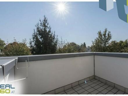 2 Zimmer Dachgeschosswohnung mit uneinsehbarem Balkon - nähe Wasserwald!!
