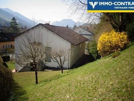 Nettes Einfamilienhaus in ruhiger Siedlungslage und Bergblick zu kaufen!