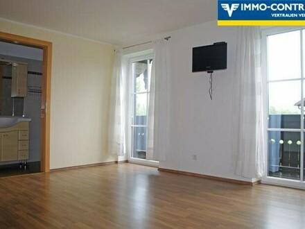Großzügige 2-Zimmer Wohnung mit Balkon