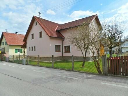 Sehr geräumiges Ein-/Zweifamilienhaus in Vöcklabruck zu verkaufen!