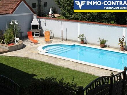 4-Zimmer-Wohnung mit Pool und Garten