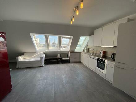 Untere Maisonette-Wohnung mit großzügiger Küche zu vermieten