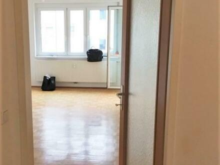 Geräumige 3-Zimmerwohnung ab sofort verfügbar - ideal für Familien - keine Provision