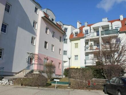"""""""Dachgeschoss, 3 Zimmer, Südbalkon!"""""""