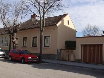 """""""Gepflegtes,gemütliches Einfamilienhaus mit Garage!"""""""
