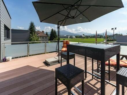 Außergewöhnliches Penthouse mit 3 Zimmern und ca. 75 m² Wnfl. inkl. Mehrzweckhalle mit ca. 77 m² - 5400 Hallein / Neualm