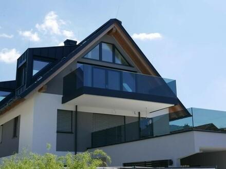 NEUBAU! Luxuriöse 3-Zimmer Dachgeschosswohnung mit Festungsblick und Balkon 78,39 m² in 5020 Salzburg - Stadtteil Josefiau