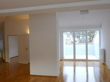 1A Lage, nähe Neutor top renovierte Dachterrassenwohnung (102,56m² Wohnfläche) 2 Zimmer