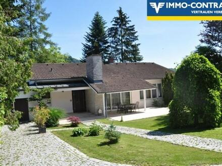 Repräsentative Villa mit parkähnlicher Gartenanlage