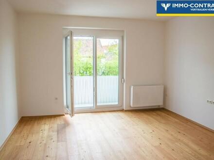 Wohnzimmer mit Ausgang auf die Loggia