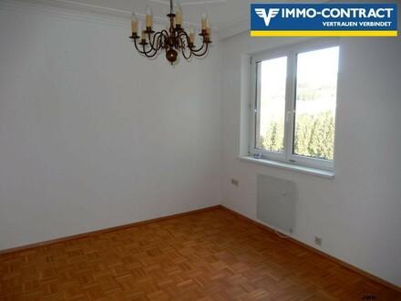 Gepflegte Mietwohnung mit 4 Zimmer mit Loggia und Lift