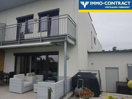 Exklusive, neuwertige Doppelhaushälfte mit toller Ausstattung und herrlicher Aussicht