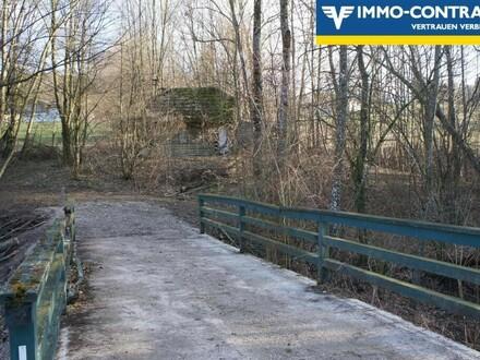 eigene Brücke zum Grundstück