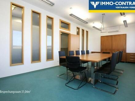 Neuwertige, moderne, helle Büros mit Lift und voll klimatisiert.