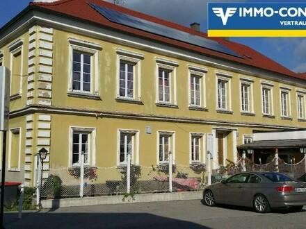Mehrparteienhaus im Ortszentrum von Seitenstetten