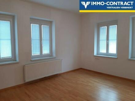 Große, schön renovierte Mietwohnung in zentraler St. Pöltner Lage!