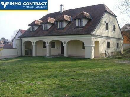 Wohnung in saniertem 2 Familien-Landhaus mit Garten