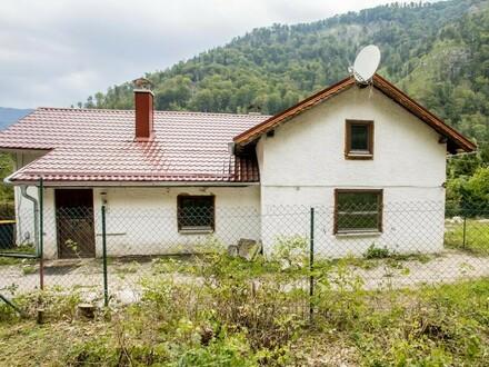 Open House am Samstag, 21. September um 10 Uhr! Kleines Haus mit großem Grundstück!